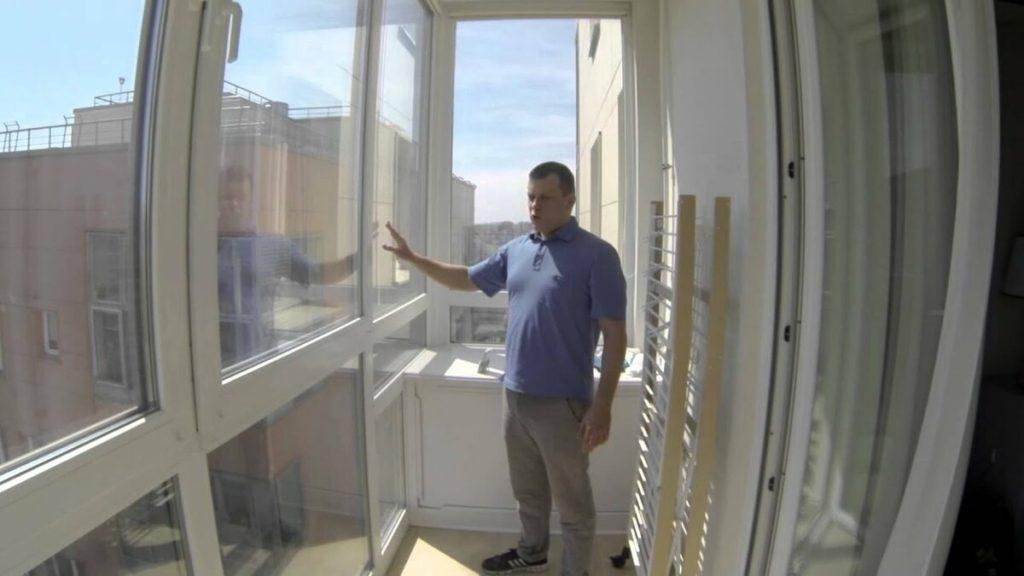 Чем закрыть балкон от солнца