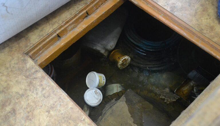 Вода в подвале причины
